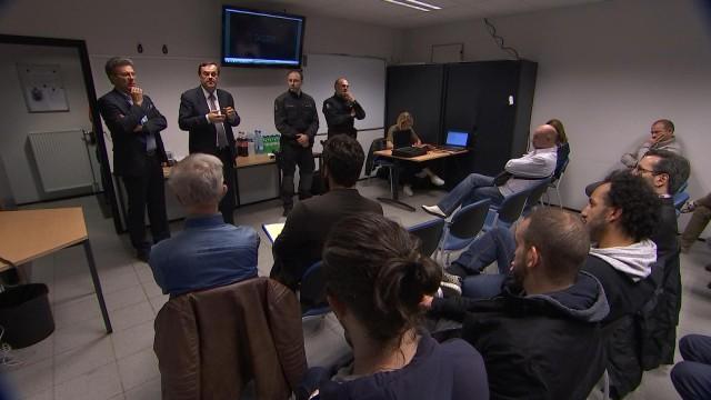 Liège : réunion citoyenne sur le taser