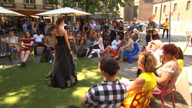 Liège : un défilé de mode place Xavier Neujean