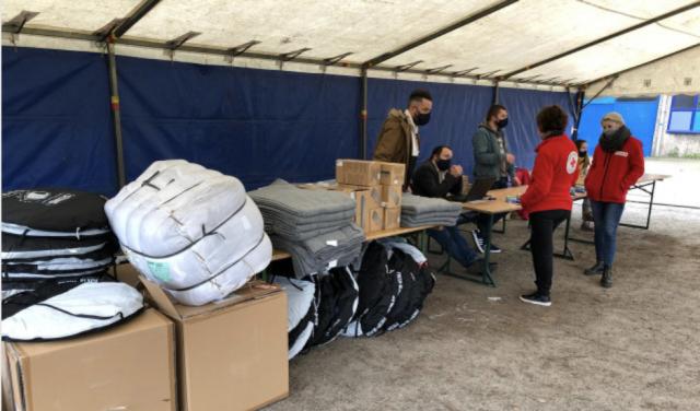 Liège: une aide quotidienne pour les SDF au Parc Astrid
