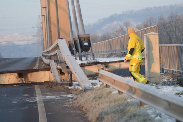 Lixhe : probable réouverture du pont ce mardi 22 janvier