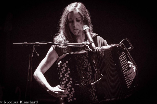 Louise O'sman, chanson française et accordéon !