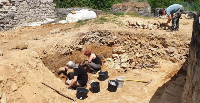 Magnifiques découvertes au Château Féodal de Moha