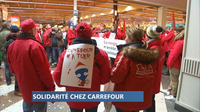 Manifestation devant le Carrefour Belle Ile