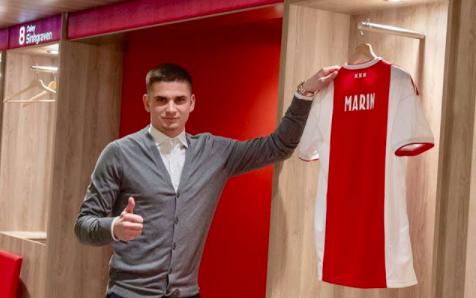 Marin à l'Ajax Amsterdam, c'est fait !