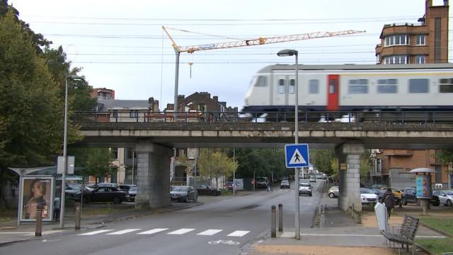 Motion pour de nouvelles gares à Liège.