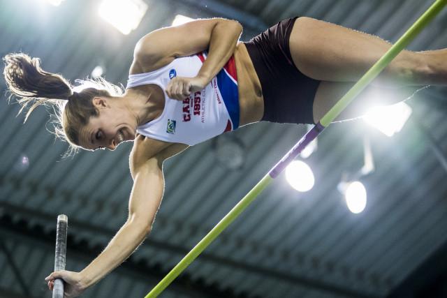 Nouveau record: Fanny Smets au sommet de sa barre !