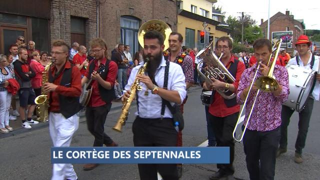 Nouveau succès pour le cortège des Septennales à Huy