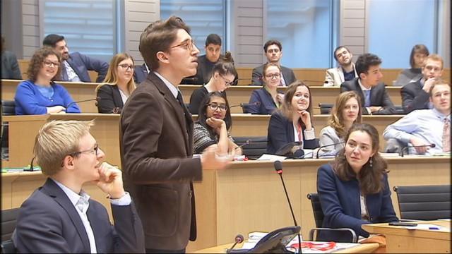 Nouvelle session du Parlement Jeunesse : les joies du débat