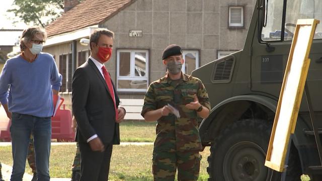 Philippe Goffin visite le 4ème Génie d'Amay mobilisé pendant la crise du covid-19
