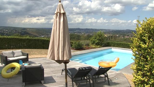 Chaudfontaine: piscine privée à louer !