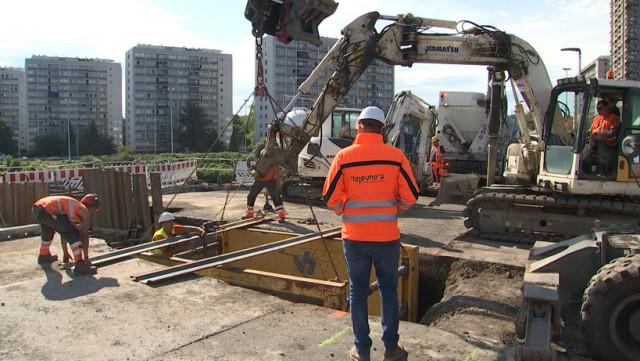 Pont Atlas  :  déplacement des réseaux pour le chantier du tram