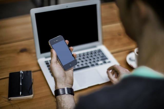 Quatre Belges sur dix à risque d'exclusion numérique