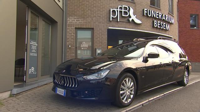 Rejoindre sa dernière demeure en Maserati, c'est possible !