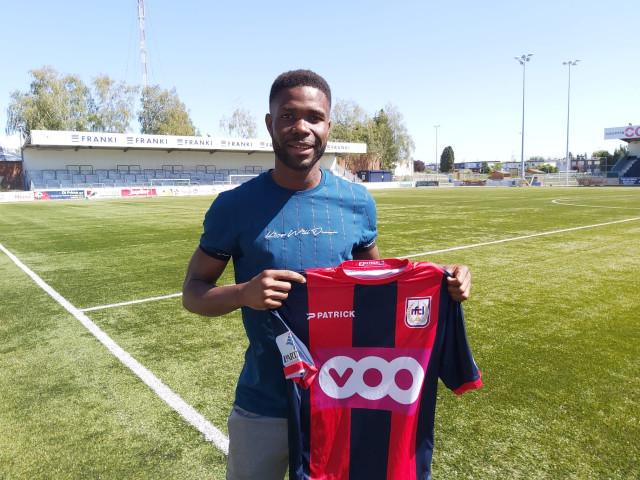 RFC Liège se renforce avec Elisha Temou