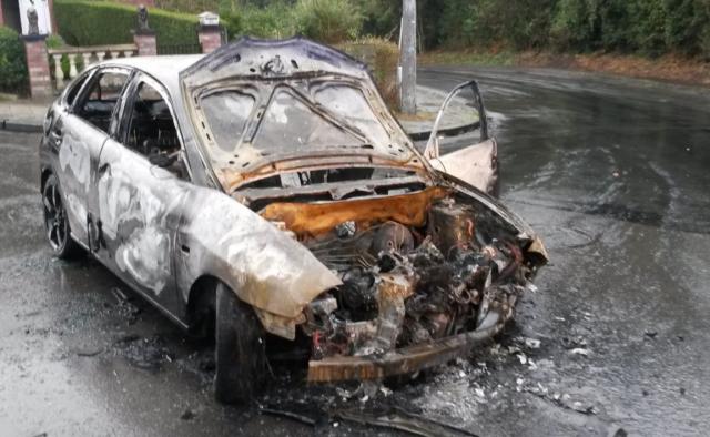 Seraing : cinq véhicules incendiés cette nuit
