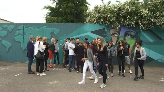 Seraing : un graffiti coloré pour la tolérance et le respect