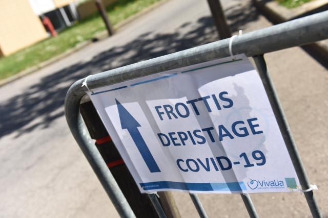Tous les centres de dépistage Covid-19 des hôpitaux liégeois saturés ce lundi