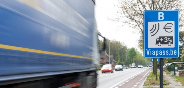 Une réduction du trafic poids lourds sur le quai de la Dérivation ?