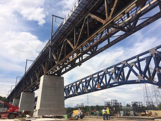 Visé : remplacement du pont ferroviaire