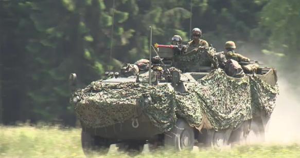 Voir sans être vus : manoeuvres militaires du côté de Hannut