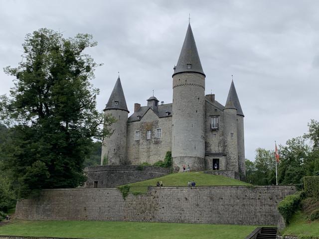 Vu du ciel : Bouillon, Vêves, Lavaux, Chimay, Beloeil