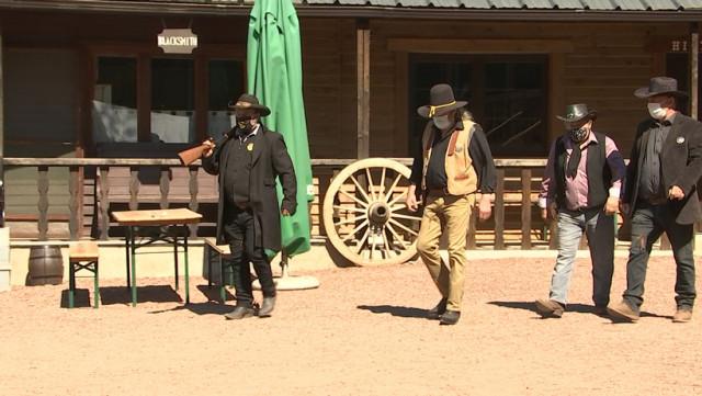 Western City: des Cowboys et des Indiens masqués à Chaudfontaine